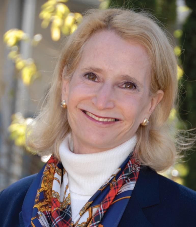 Biography – Deputy Commissioner-General Margot Ellis