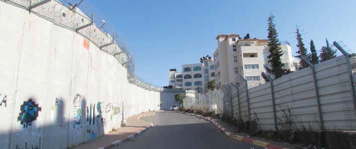 """West Bank I.D. holders stranded on the """"Jerusalem"""" side of the barrier"""