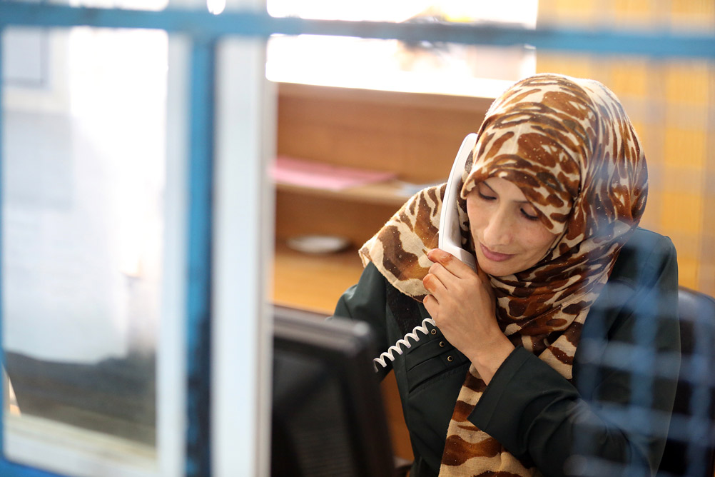 Reda Abu Shabat at work in an UNRWA Health Centre in Khan Younis, southern Gaza. © 2015 UNRWA Photo by Tamer Abu Hamam