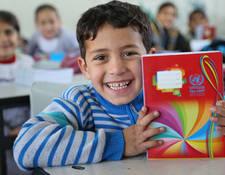 في غزة، هنالك حاليا 29,754 طالب وطالبة مسجلون في 22 مدرسة تم بناؤها أو إعادة إعمارها بتمويل أمريكي منذ عام 2010. الحقوق محفوظة للأونروا، 2016. تصوير تامر حمام