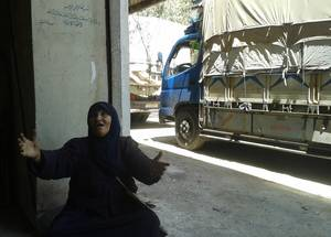 قبل تصاعد أعمال العنف، كان اليرموك يتعرض لظروف أشبه بالحصار لما يقارب من عامين إثنين. وعانى السكان اليائسون من نقص حاد في الغذاء والماء والإمدادات الطبية. الحقوق محفوظة للأونروا، 2015.