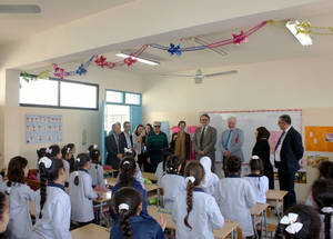 AdCom chair Per Orneus visits an UNRWA school in Lebanon. © 2015 UNRWA Photo by Abdelnasser Alsaadi
