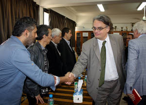 AdCom chair Per Orneus meets staff and beneficiaries in Health Centre in Lebanon. © 2015 UNRWA Photo by Abdelnasser Alsaadi