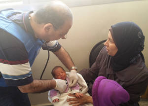 UNRWA continues to provide critically required health services. On 9 May 2015, the mobile health point in Yalda treated 465 patients over the course of the day. Five out of 97 children under five years old were found to be moderately malnourished. ©UNRWA 9 May 2015.