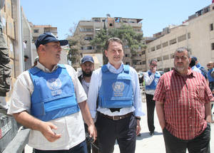 The Commission-General's visit continued in Yalda at UNRWA distribution points on 12 May. Here, humanitarian aid is given out to Palestine refugees from Yarmouk, Yalda, Babila and Beit Saham. For many, the aid they receive is critical to their survival. UNRWA Distribution Point, Yalda, Syria. © 2016 UNRWA Photo by Taghrid Mohammad