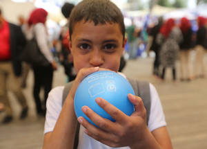 The fair was attended by students, families and other members of the local community to partake in the festivities. © 2016 UNRWA Photo by Alaa Ghosheh