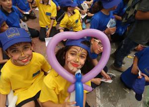 تمكن الأطفال من الاستمتاع بمجموعة من الأنشطة الترفيهية والفنون والحرف خلال معرض يوم أوروبا الذي عقد في رام الله في التاسع من أيار 2016. الحقوق محفوظة للأونروا، 2016. تصوير علاء غوشة