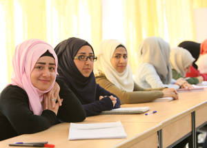 Through the EU-funded project, thousands of students who have left formal education can continue to study English, French and computer literacy skills. Sixty-six per cent of the students enrolled are young women. Damascus Training Centre, Syria. © 2016 UNRWA Photo by Taghrid Mohammad