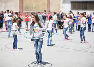 In spite of the conflict, promoting healthy lifestyle habits among the community and students is a priority. This spring, UNRWA ran a two-month long healthy lifestyle campaign in its schools. Nahla Zeidan School, Damascus, Syria, April 2016. © 2016 UNRWA photo by Taghrid Mohammad