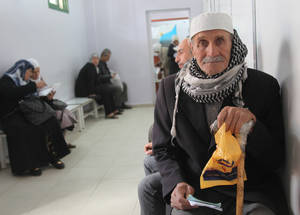 Did you know that UNRWA needs US$ 414 million to support Palestine refugees in Syria, Lebanon and Jordan in 2016? With three months left until the end of the year, the Syria Emergency Appeal has been only 50 per cent funded. Alliance Health Centre, Damascus, Syria © 2016 UNRWA Photo by Taghrid Mohammad