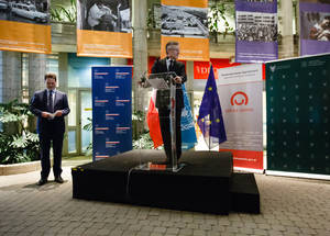 The Head of the European Commission Representation in Poland, Dr. Marek Prawda, opened the exhibition on behalf of the European Union. Photo courtesy of the Polish Ministry of Foreign Affairs. Photograher: Sebastian Indra.