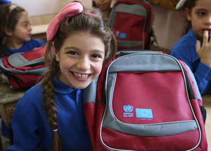 To help students get ready for the new school year and replace their old school supplies with new ones, UNRWA distributed close to 46,000 Back-to-school kits across Syria thanks to a donation by EU DG NEAR. Damascus, Syria © 2017 UNRWA Photo by Taghrid Mohammad