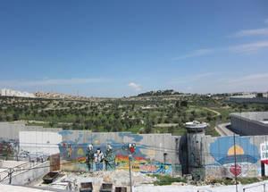 يوم في مخيم عايدة للاجئين
