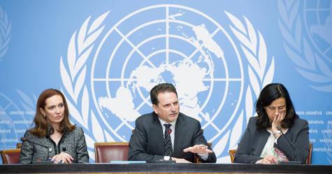المفوض العام للأونروا بيير كراهينبول ( وسط) يطلق مناشدات الأونروا الطارئة للأراضي الفلسطينية المحتلة والازمة الاقليمية في سوريا، الامم المتحدة , 9 يناير 2017 . صور الامم المتحدة , المصور فايولين مارتن.