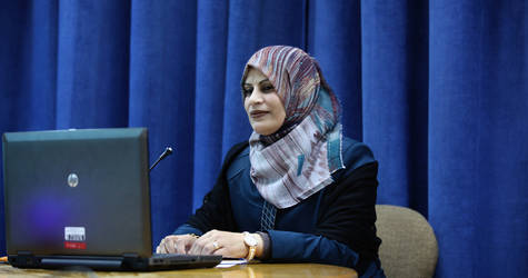 Suzan al-Dabba works with UNRWA in the Gaza Strip. During the 2014 conflict, she dedicated her time to help displaced people at Al-Daraj Shelter.