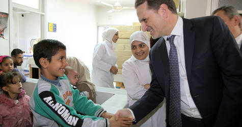 UNRWA Commissioner-General Pierre Krähenbühl visits the Agency's health centre in Khan Eshieh Camp in Rif Damascus,  Syria. © 2017 UNRWA photo by Taghrid Mohammad