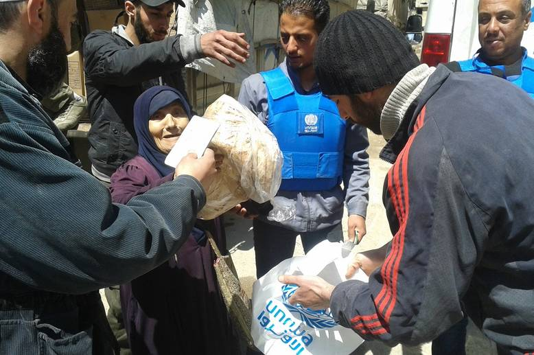 UNRWA has completed three successful missions to Yalda, adjacent to Yarmouk. Those receiving assistance include Palestinian and Syrian families from Yarmouk and members of the Yalda community. © 2015 UNRWA Photo