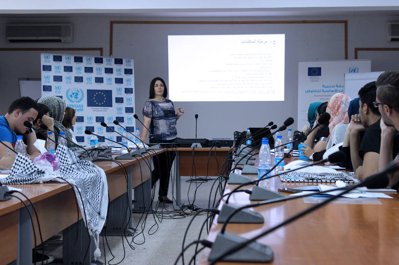 Dr. Iman Khazaal conducted the three-day training programme with 35 participants, comprised of Palestine refugee students and teachers from the north and south campuses of the Siblin Training Centre. © 2015 UNRWA Photo by Graziella Rizkallah