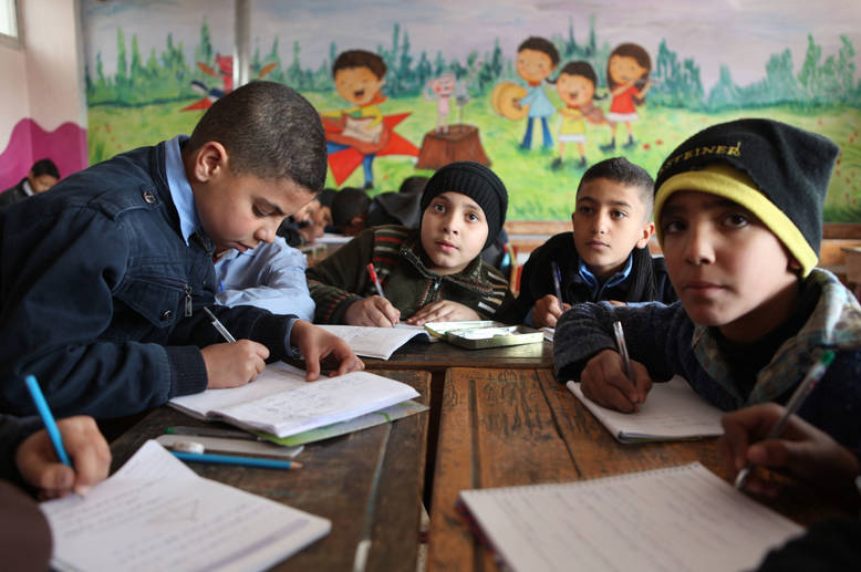 Around 45,000 Palestine refugee children are enrolled in UNRWA schools in Syria for the 2015/16 academic year. Those who are out of school have access to the self-learning programme through online lessons, study sheets and educational programming on UNRWA TV. Khan Dunoun, Damascus, Syria. © 2016 UNRWA Photo by Taghrid Mohammad