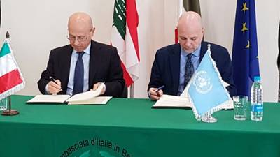 H.E. Ambassador of Italy in Lebanon Massimo Marotti and Director of UNRWA Operations in Lebanon sign EUR 1.5 million agreement in support of UNRWA Syria Regional Crisis Emergency Appeal. © 2019 UNRWA Photo by Nuha Ahmad
