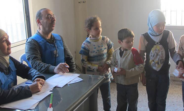 Children receive UNRWA medical assistance, Beit Saham, 25 April, 2015 ©UNRWA
