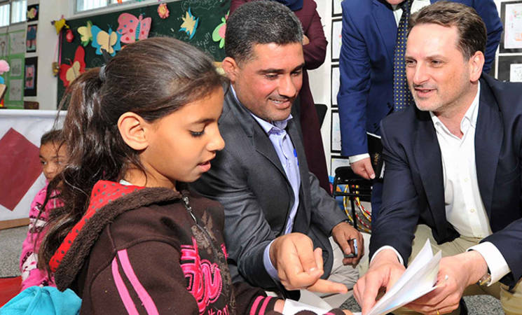 UNRWA Commissioner-General Pierre Krähenbühl visiting an UNRWA school in Gaza. © 2015 UNRWA Photo