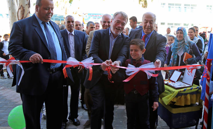 Director of UNRWA Operations in Gaza,  Bo Schack, opening the new Sa'd al-Abdallah al-Sabah building at the UNRWA Ibin Sina Elementary Boys School with the UNRWA Chief of the Education Programme, Faird Abu Athra, and UNRWA Chief Area Officer of Rafah, Dr. Yousef Mousa. © 2016 UNRWA Photo by Tamer Hamam