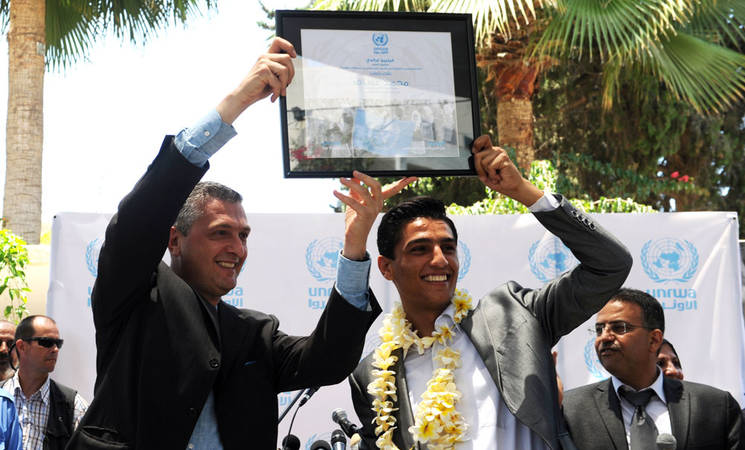 UNRWA Commissioner-General welcomes singer, Mohammad Assaf, to UNRWA headquarters in Gaza