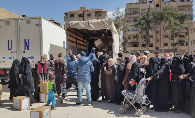 UNRWA food distribution in Yalda, 14 March 2016. © 2016 UNRWA Photo