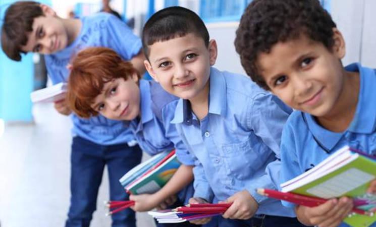 UNRWA students in Gaza receive school supplies. © 2016 UNRWA Photo