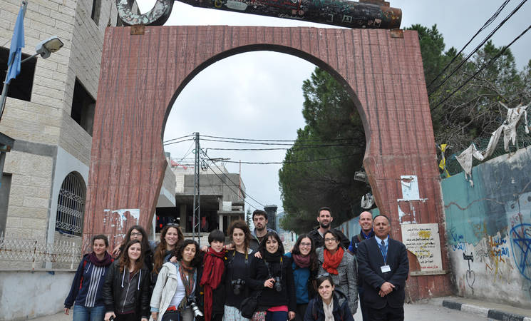 Spanish Students Visit Aida Camp