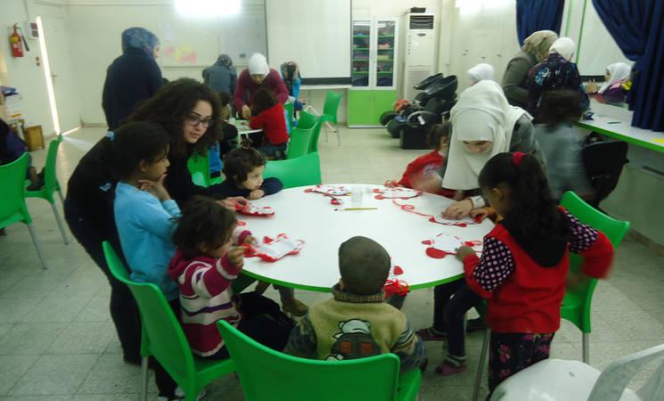 مشروع دعم الشباب يحتضن الصغار
