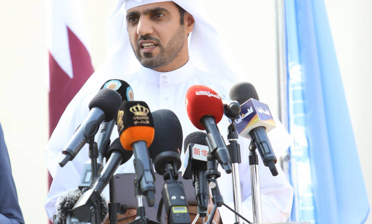 Qatar Fund for Development (QFFD) Managing Director H.E. Mr. Khalifa Bin Jassim Al-Kuwari addresses students at the UNRWA and Qatar: Joining Hands for Palestine Refugees event in Baqa'a, Jordan. © UNRWA 2018 Photo by: Mohammed Maghayda