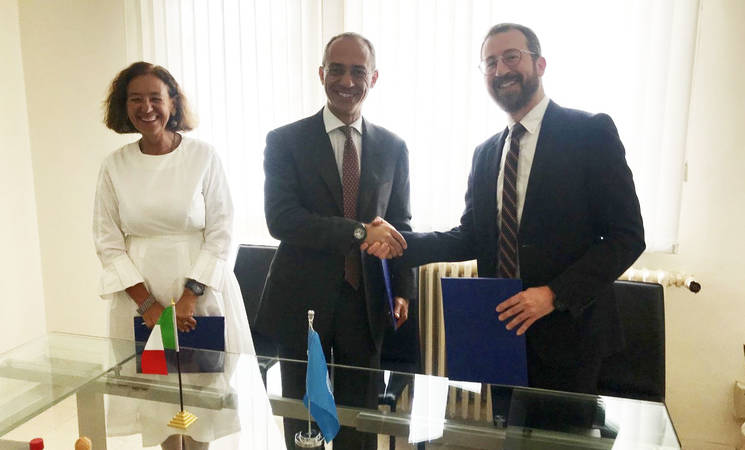 The Consul General of Italy to Jerusalem Mr. Fabio Sokolowicz and the Chief of Donor Relations of the UNRWA Department of External Relations and Communications Marc Lassouaoui formalize Italy's contribution the UNRWA health programme in Gaza. © UNRWA 2019 Photo by Sveva Petterino