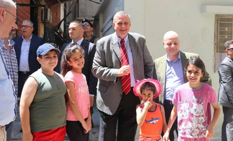 United Nations Special Coordinator for Lebanon, Mr. Jan Kubis and the Director of UNRWA Affairs in Lebanon, Mr. Claudio Cordone meeting with Palestine refugees in Mieh Mieh refugee camp, Lebanon.  2019 UNRWA Photo by Ahmad Mahmoud