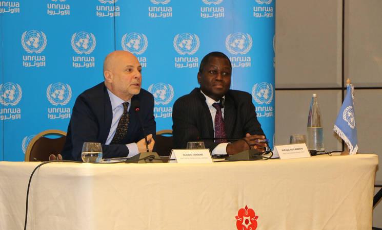 مدير عمليات الأونروا في لبنان ، السيد كلاوديو (يسار) ومدير عمليات الأونروا في سوريا ، السيد أمانيا مايكل - إيبي يطلقان نداء الاونروا العاجل 2020. الحقوق محفوظة للأونروا ، 2020 ، تصوير ميسون مصطفى