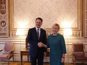 UNRWA Commissioner-General Pierre Krahenbuhl (left) met with the Swedish Minister of Foreign Affairs, Margot Wallström (right), and several other senior officials during his two-day mission to Sweden. Photo Courtesy of Emelie Borg