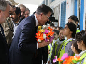 The German Minister for Economic Cooperation and Development, Dr. Gerd Müller, and the Director of UNRWA Operations in Gaza, Mr. Bo Schack, visited the Hashem Elementary Boys A&B School in Gaza City. © 2016 UNRWA Photo
