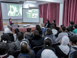 Dr. Hirofumi Oe, from the Japanese Research Syowa Station in Antarctica, explains to students the station's mission. © 2017 UNRWA Photo by Rushdi Saraj
