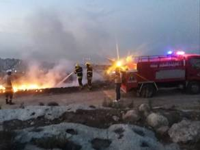 Palestinian Civil Defense groups on site to combat raging fires. © 2019 UNRWA Photo by Layana Nimer.