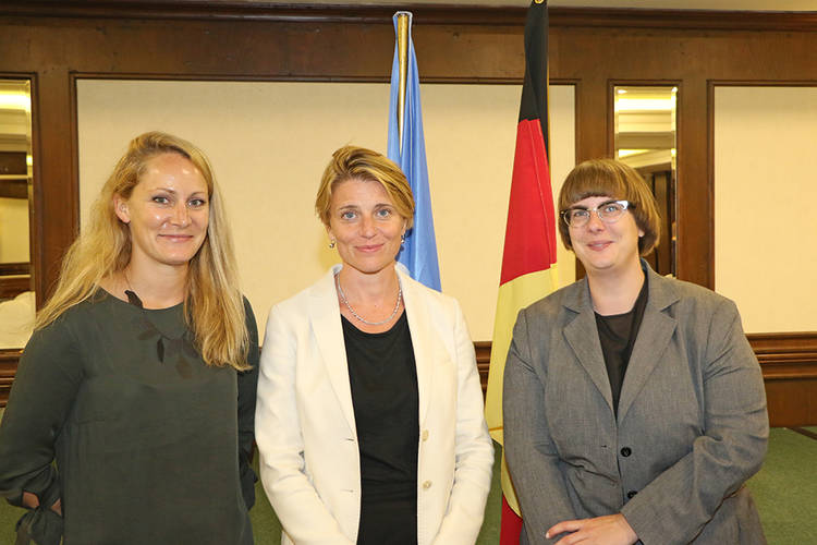 (From left to right) Marieke Gattermann, GIZ Project Advisor; Gwyn Lewis, Deputy Director of UNRWA Affairs in Lebanon; and Stefanie Scharf, Head of Cooperation, Embassy of the Federal Republic of Germany. © 2017 UNRWA Photo by Mahmoud Abu Salah